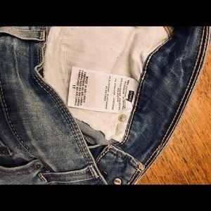 Levi's Shorts - Levi Denim Shorts size 11